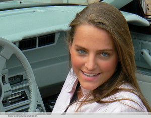 girl-in-car